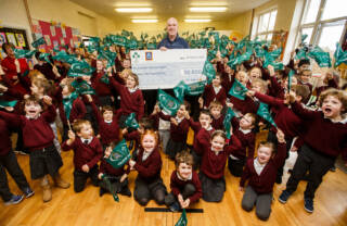 Aldi & The IRFU Announce Latest Winners Of Aldi Play Rugby Sticker Competition 28/1/2020 Aldi and the IRFU today announced the latest winners of the hugely successful Aldi Play Rugby Sticker competition for primary schools, which ran from August - November last year. The competition gave every primary school in the country the chance of winning one of two €50,000 sports facility makeovers and the two winning schools are St. Peter & Paul's National School, Drumconrath, Navan, Co Meath, and St. Joseph's National School, Leitrim. Pictured is Aldi Play Rugby Ambassador Paul O'Connell with pupils from winning school St. Joseph's National School, Leitrim. Due to the phenomenal success of the last two rounds of the competition, Aldi also announced today that it will return for 2020, and stickers will be available in stores from THIS Friday, 31st January. The competition is easy to enter and works by primary schools collecting 300 of Aldi's exclusive Irish rugby men's and women's stickers for their primary school. Available in Aldi's 140 Irish stores, shoppers collect one sticker for every €30 they spend in store between 31st January & 24th April. Mandatory Credit ©INPHO/Tommy Dickson